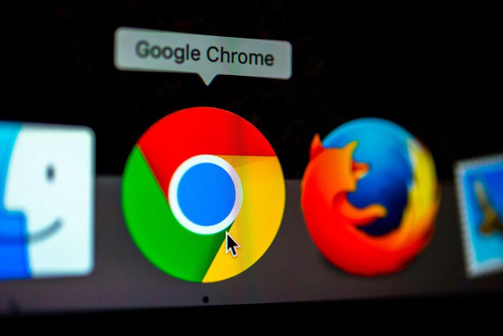 """Từ bỏ Google Chrome và câu chuyện """"tránh vỏ dưa, gặp vỏ dừa"""""""