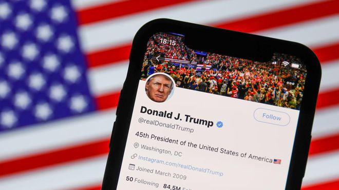 Mạng xã hội riêng của Trump: Mục đích cá nhân hay đấu với Big Tech?