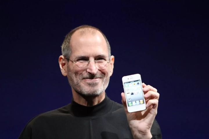"""Apple mất độc quyền sử dụng cụm từ """"One More Thing"""""""