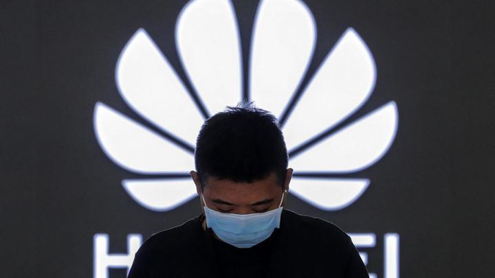 """Đòn đánh của Mỹ đối với Huawei vẫn còn đau """"dai dẳng"""" đến tận bây giờ"""
