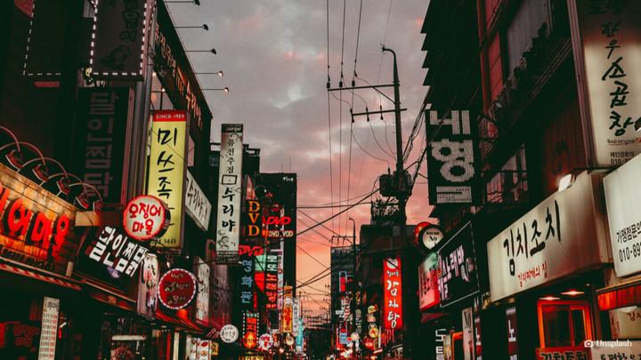 Cột điện thông minh ở Seoul sẽ có thể dùng làm trạm sạc cho drone và xe điện