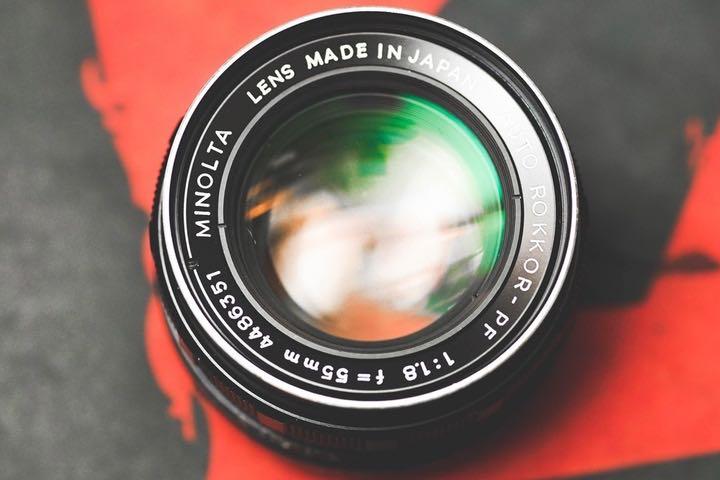 Công nghệ ống kính lỏng là gì?