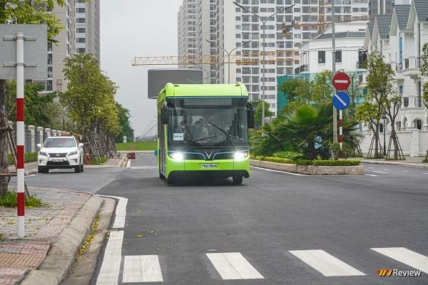 Xe điện VinBus chạy thử tại Hà Nội