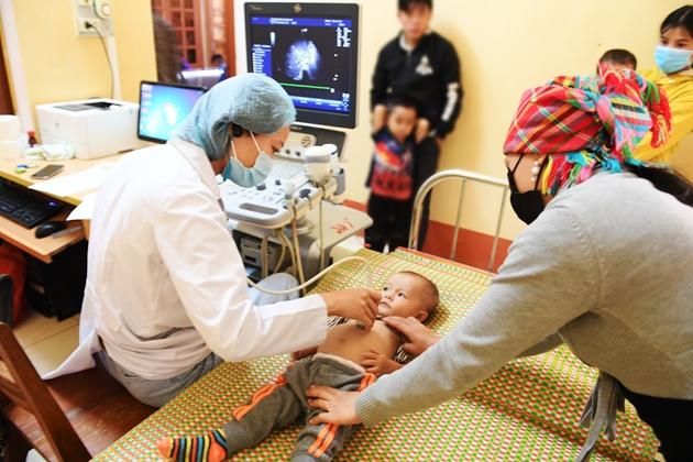 """Chương trình """"Trái tim cho em"""" năm 2021 mở đầu tại Điện Biên"""