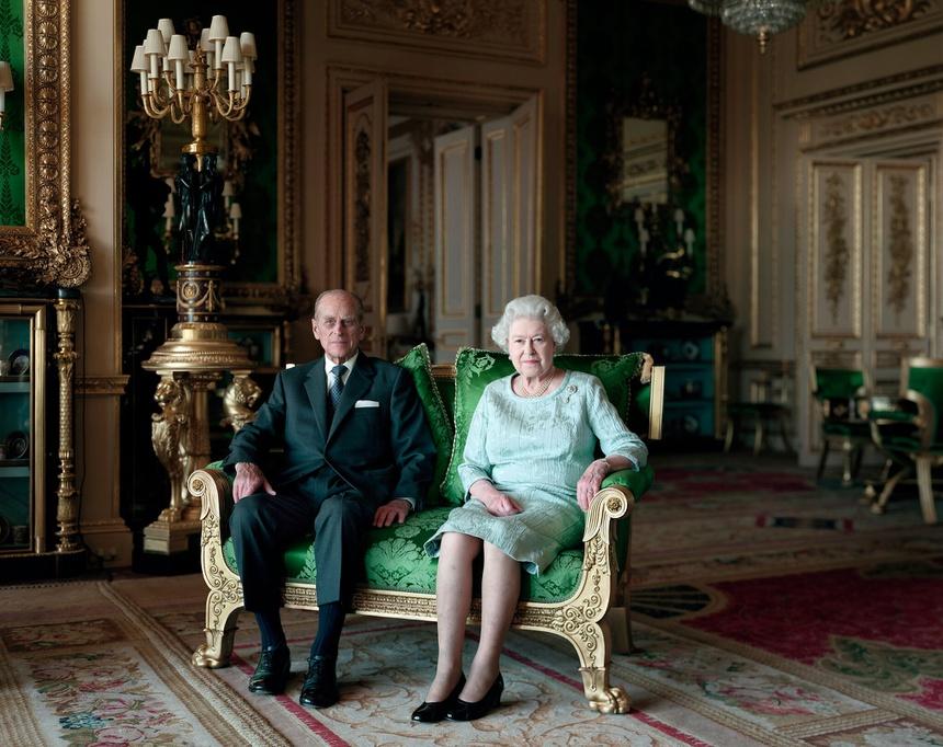 Hoàng thân Philip qua đời: 'Với tình yêu thương vô bờ, Nữ hoàng tiễn ông ra đi'