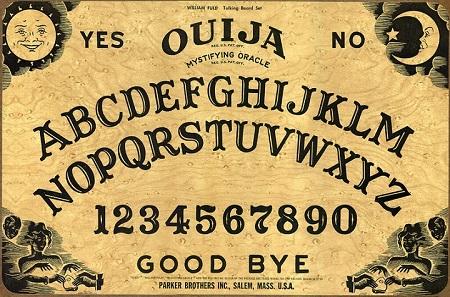 """Ouija - Bảng """"biết nói"""" ma thuật (Phần 1)"""