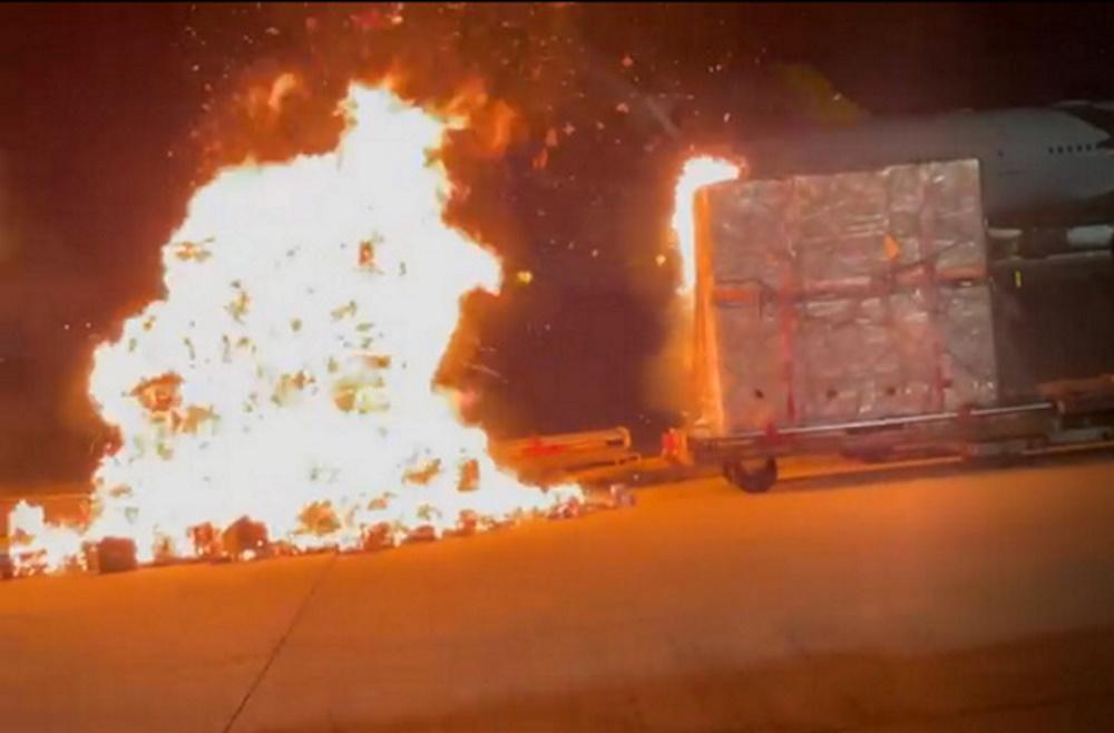 Điện thoại Vivo bốc cháy tại sân bay, lập tức bị cấm vận chuyển