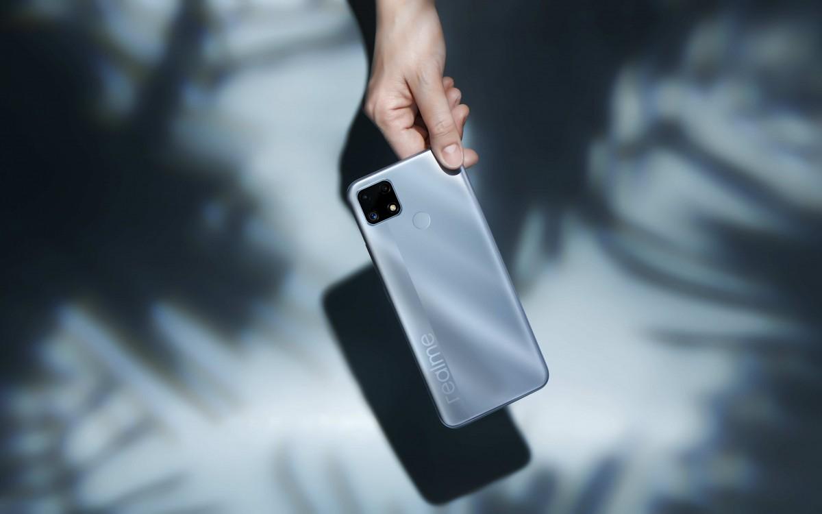 Realme C25 ra mắt: pin lớn 6000 mAh, sạc nhanh 18W Type-C, Helio G70, giá 4,69 triệu đồng