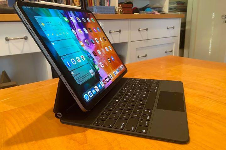 Apple đang quá tham lam với iPad!
