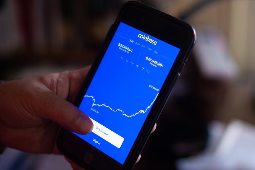 'Bong bóng Bitcoin' bắt đầu sụp đổ?