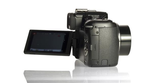 Panasonic cho ra mắt hàng loạt máy ảnh mới