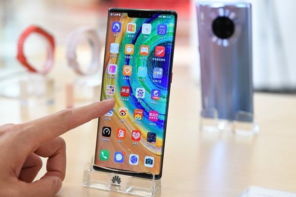 Huawei ra đi để lại thị trường Trung Quốc cho Apple và đồng hương xâu xé