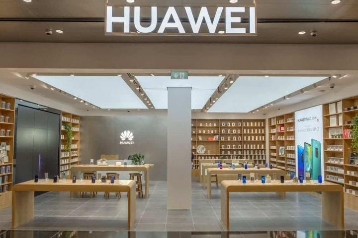 """Không có chip, Huawei """"bất lực"""" nhìn nguồn cung smartphone cạn dần"""