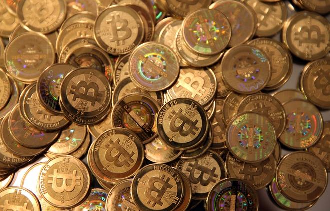 'Nhận lương bằng coin, tôi bị công ty đòi lại vì giá tăng gấp 7 lần'