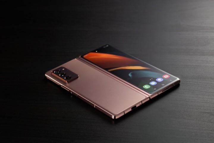 Galaxy Z Fold 3 sẽ dùng pin từ Trung Quốc nhằm cắt giảm chi phí