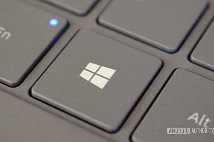 """Windows 10X trước nguy cơ """"chết từ trong trứng nước"""""""