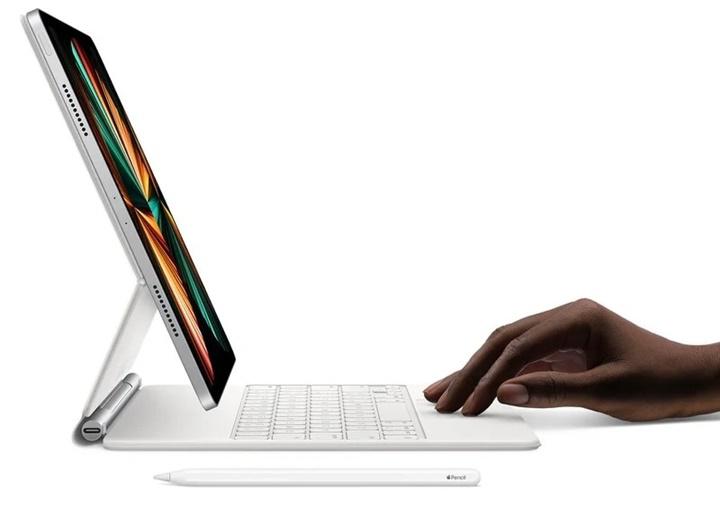 iPad Pro (M1) đánh bại hiệu suất của MacBook Pro chạy chip Intel cao cấp nhất