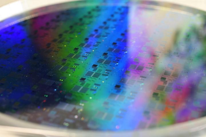 Tình trạng thiếu hụt chip có thể kéo dài hết năm 2022, thậm chí sang cả 2023