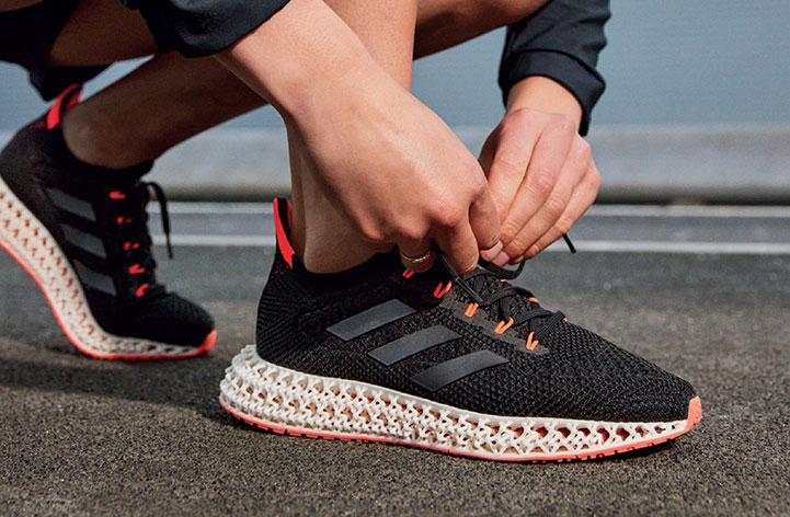 """Adidas ra mắt giày mới 4DFWD """"in"""" đế giữa dạng lưới bằng công nghệ in 4D"""