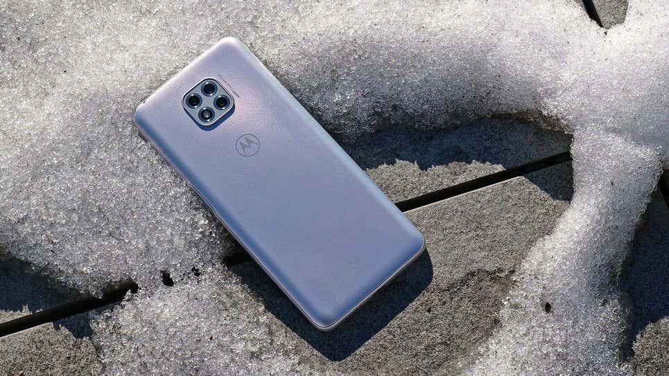 Motorola đang phát triển những chiếc smartphone có thể sạc qua không khí