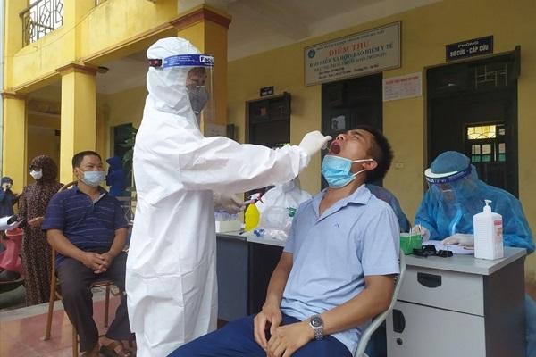 Một bác sĩ tại Hà Nội dương tính với nCoV