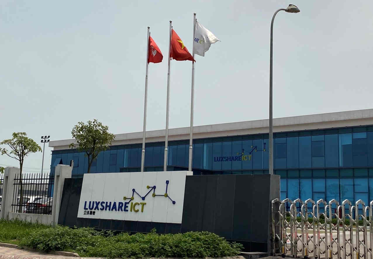 Bắc Giang yêu cầu các nhà máy sản xuất cho Apple tạm đóng cửa