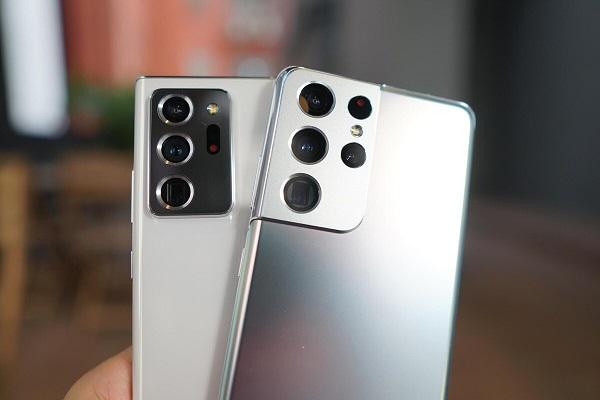 Người dùng điện thoại Samsung cảm thấy hạnh phúc hơn so với người dùng iPhone