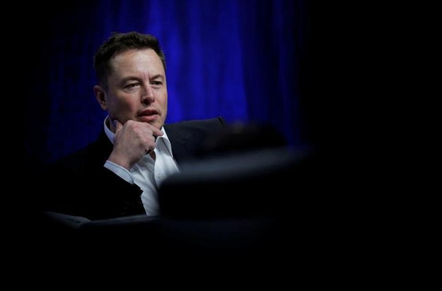 Mối nguy đằng sau mảng kinh doanh béo bở của Tesla