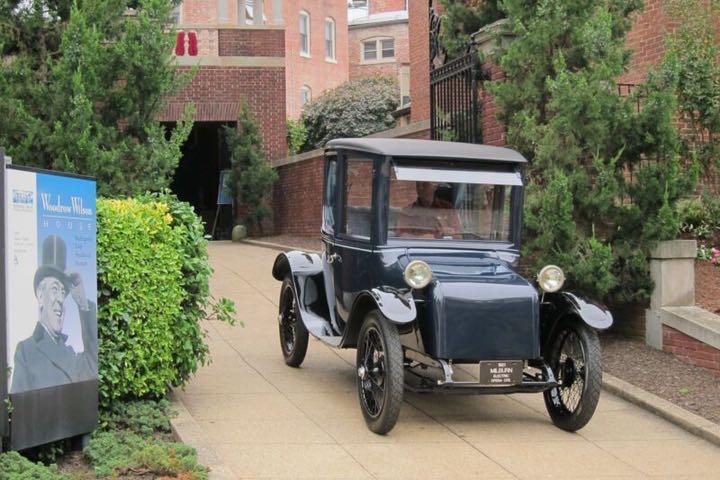 Nhìn lại lịch sử hơn 120 năm của xe ô tô điện