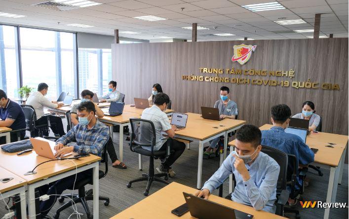 Bên trong Trung tâm công nghệ phòng chống dịch Covid-19 quốc gia