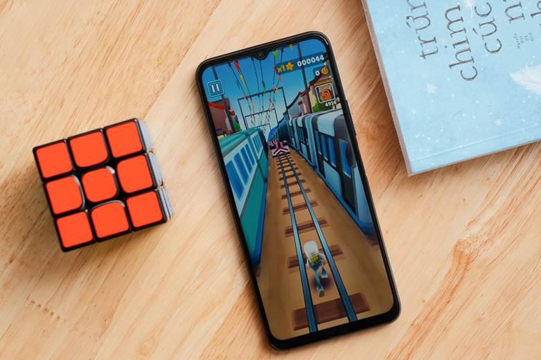 vivo ra mắt Y53s: Công nghệ RAM mở rộng độc quyền, chơi game và lướt app mượt mà, giá chưa đến 7 triệu