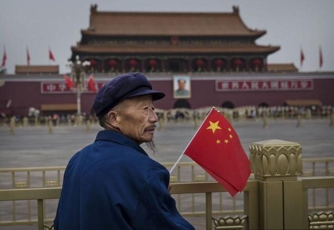 'Trung Quốc đang già đi trước khi giàu lên'