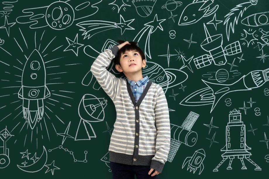 """12 """"sự thật hiển nhiên"""" về khoa học, lịch sử đã thay đổi sau khi chúng ta rời ghế nhà trường"""