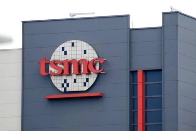 TSMC khốn đốn vì Covid-19 và hạn hán kéo dài
