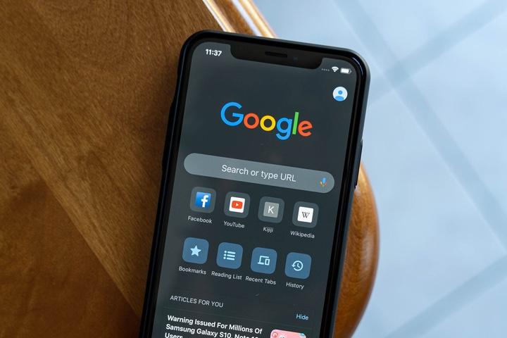 Tại sao không nên sử dụng Google Chrome trên iPhone, iPad hay Mac?