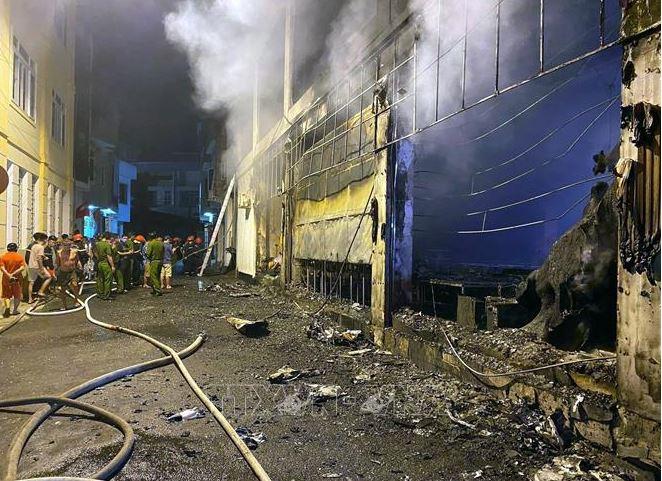 Cháy phòng trà ở Nghệ An, 6 người thiệt mạng, nguyên nhân đang được điều tra