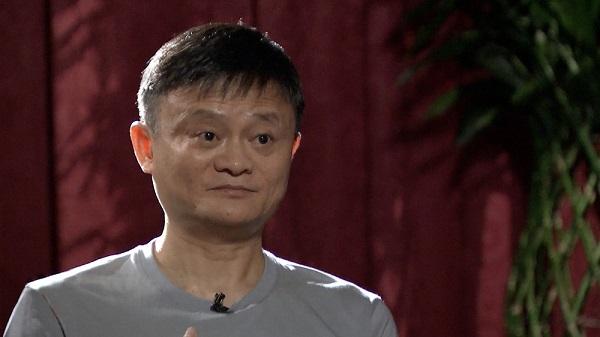 Xa rời Alibaba, tỷ phú Jack Ma tập trung đam mê vẽ tranh và làm từ thiện