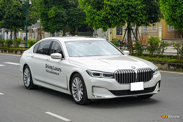 Trên tay BMW 730Li Pure Excellence giá 5 tỷ đồng