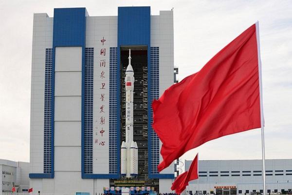 Mỹ e dè Trung Quốc trên cuộc đua ngoài không gian