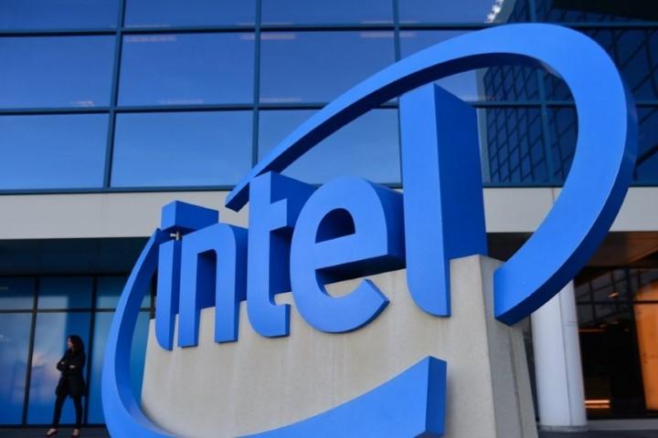 Thị phần chip Intel lao dốc không phanh vì Apple Silicon