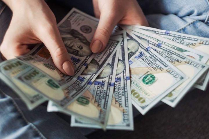 Nghiên cứu cho thấy tiền thực sự có thể làm chúng ta hạnh phúc hơn