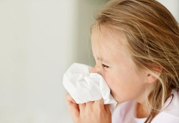 Mỹ: COVID-19 chưa qua, virus đường hô hấp đã lây lan nhanh trở lại