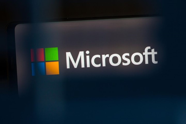 """Vì sao """"đế chế"""" Microsoft rất khó sụp đổ?"""