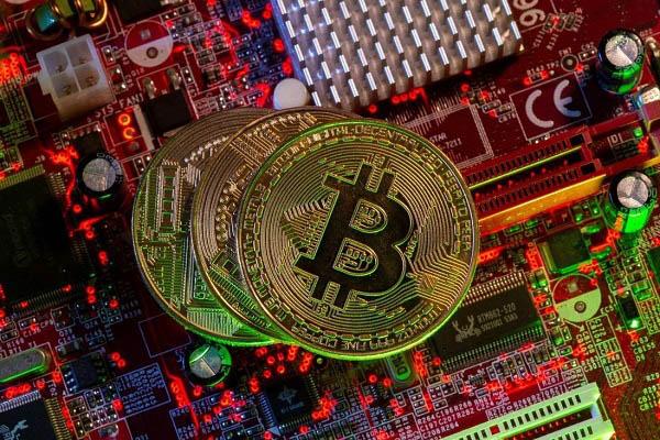 Sau khi bị Trung Quốc đàn áp, việc khai thác Bitcoin trở nên dễ dàng hơn