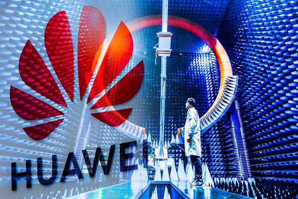 Huawei ra sức tuyển mộ nhân tài từ châu Âu để đấu với Mỹ