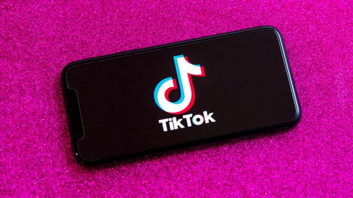 Tiktok trở thành ứng dụng đầu tiên không thuộc Facebook cán mốc 3 tỷ lượt tải