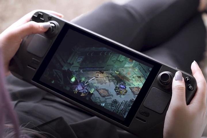 Đáp trả Nintendo Switch, Valve trình làng PC cầm tay Steam Deck, giá 399 USD, lên kệ vào tháng 12