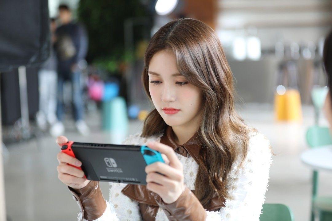 Switch OLED đắt hơn 50 USD, Nintendo chỉ tốn 10 USD nâng cấp phần cứng