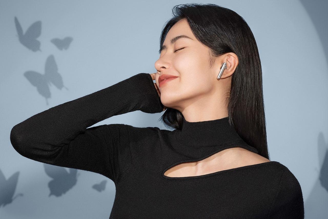 Huawei FreeBuds 4 ra mắt tại Việt Nam: TWS earbud có ANC, kết nối kép, giá 3,99 triệu đồng