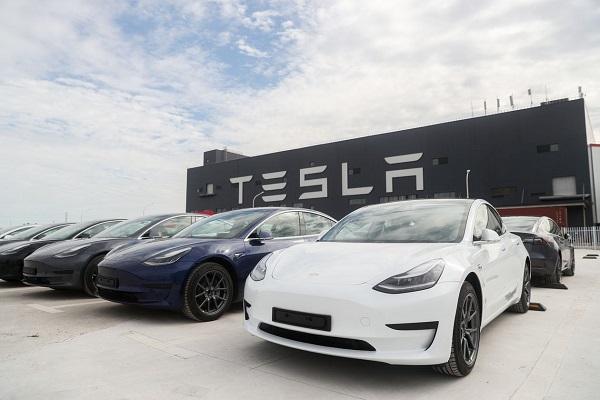 """Xe Tesla tụt hạng khi khảo sát chất lượng tại Trung Quốc, xếp """"dưới mức trung bình"""""""